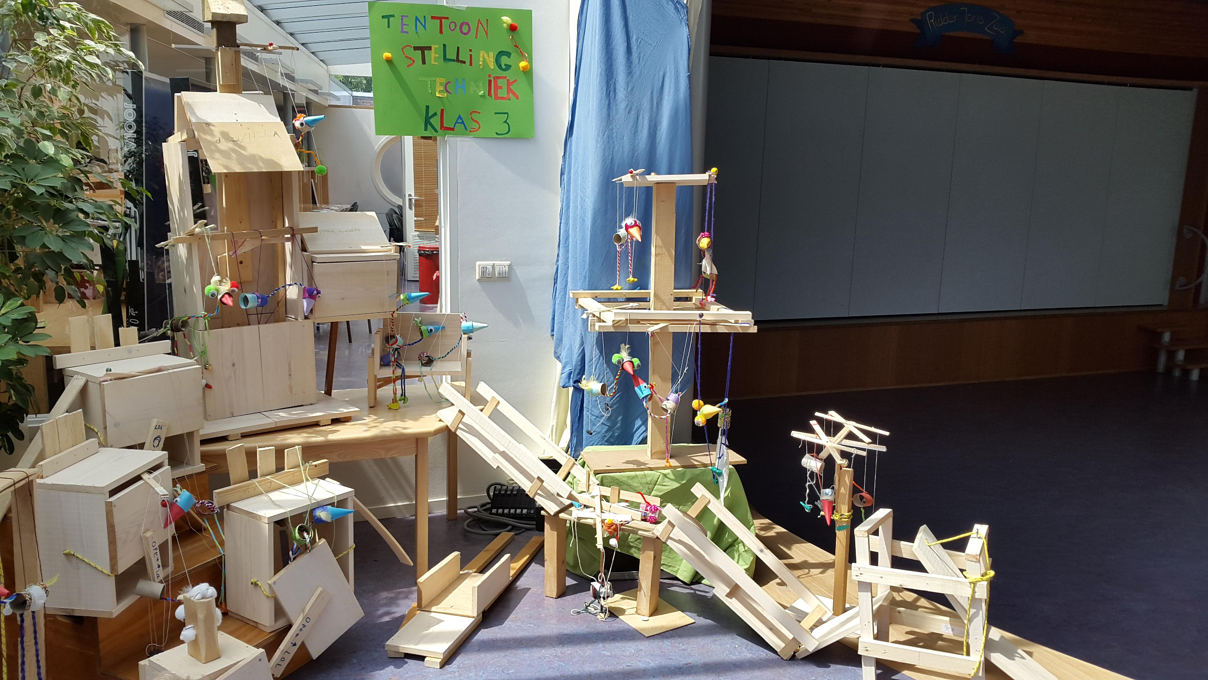 Populair Techniek tentoonstelling klas 3 - Vrije School Zwolle LB26